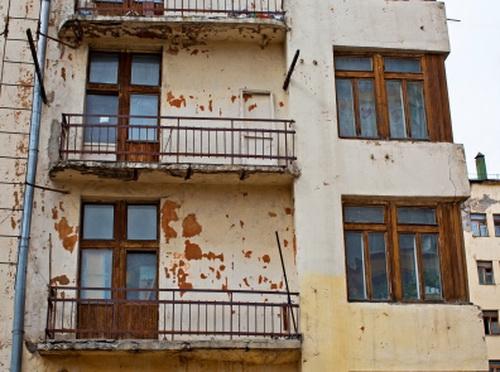 Московская пятиэтажка стала домом-призраком