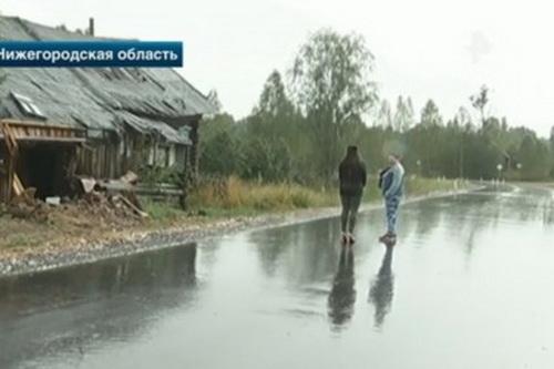 В Нижегородской области дорога прошла через дом