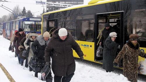 Власти Москвы передвинут остановки подальше, чтобы москвичи больше гуляли
