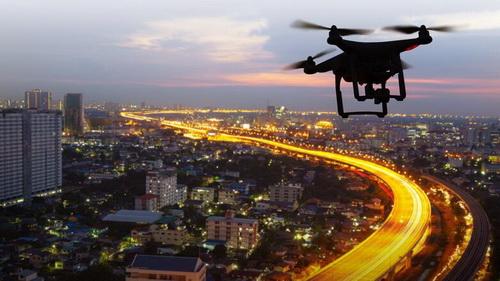 За застройщиками Москвы будут следить дроны с лазерами